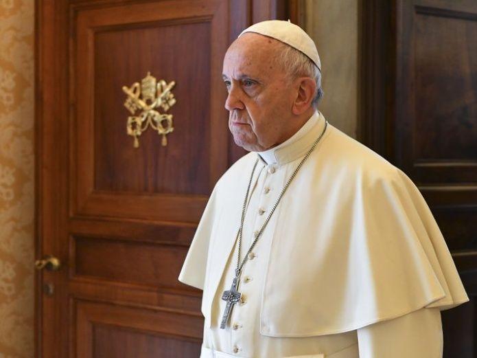 el-papa-francisco-acepto-la-renuncia-de-tres-obispos-chilenos-por-encubrimiento-de-abusos-sexuales