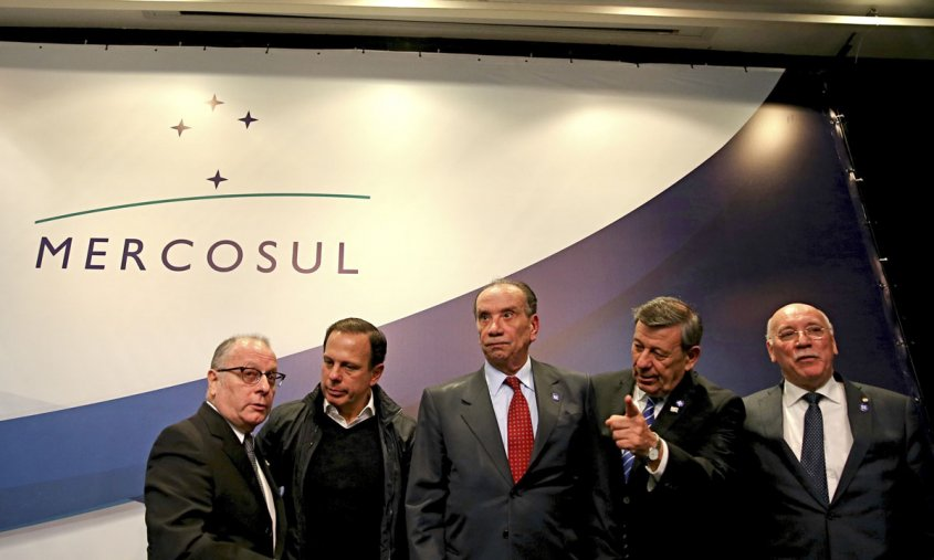 reunion-ue-y-mercosur-continuan-las-negociaciones-en-clima-de-incertidumbre