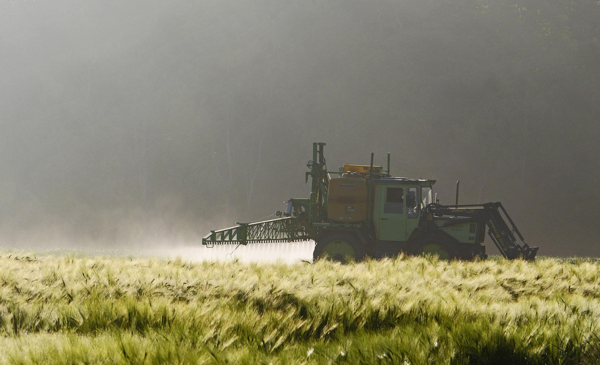 el-gobierno-argentino-presento-pautas-para-la-aplicacion-de-fitosanitarios