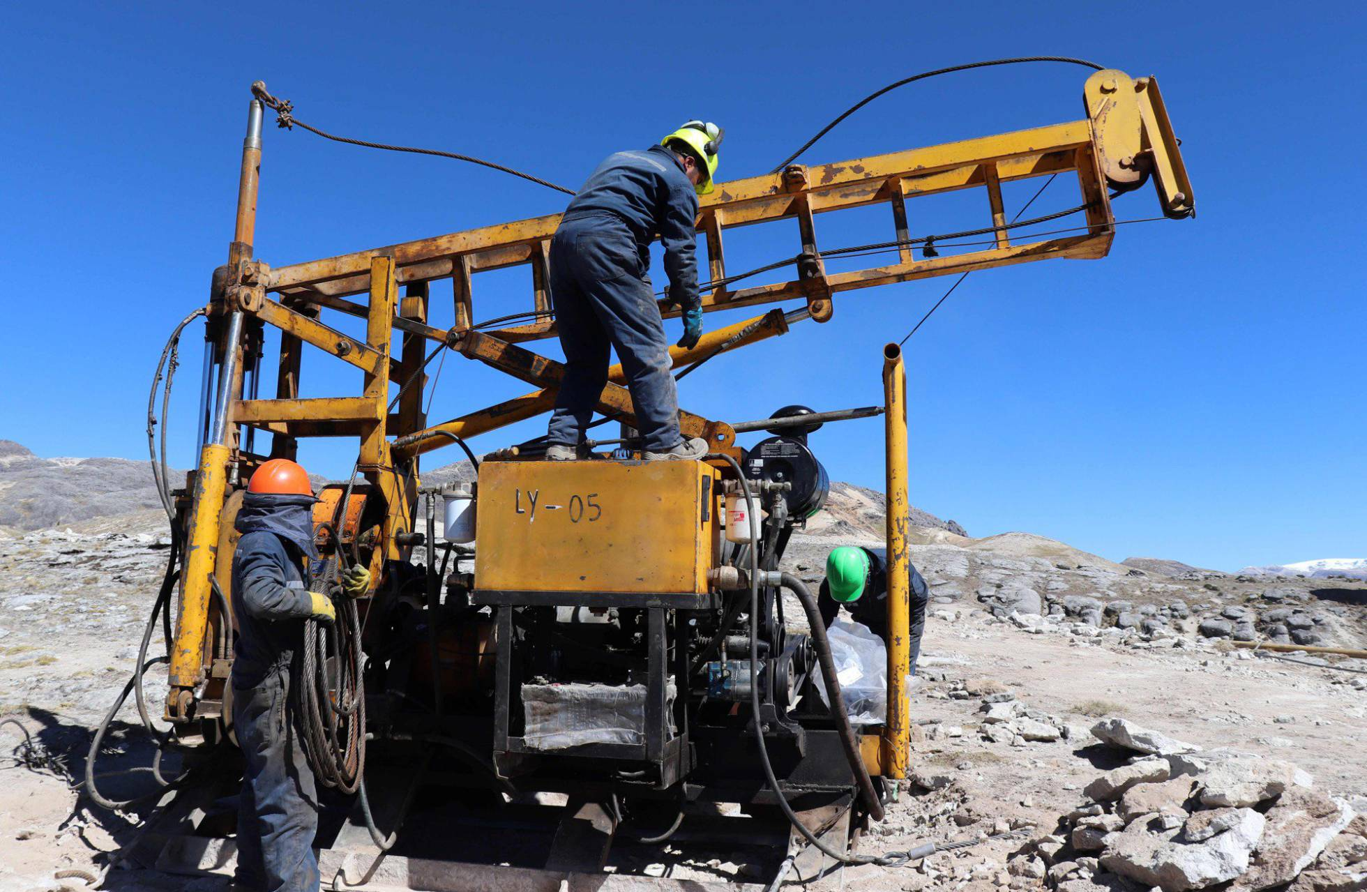 en-peru-descubrieron-una-de-las-minas-de-litio-mas-grandes-del-mundo