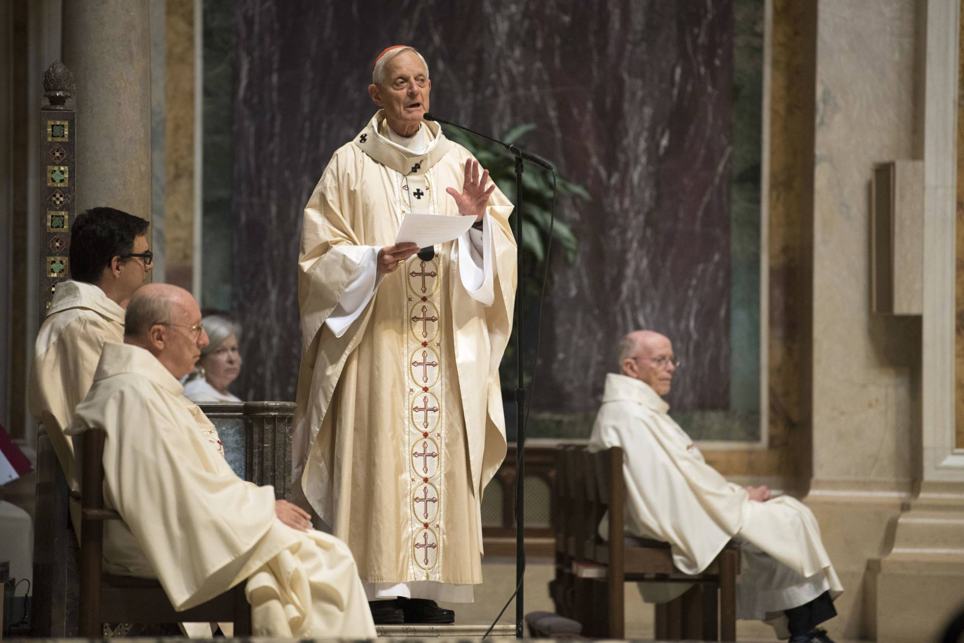 profunda-crisis-en-la-iglesia-catolica-por-curas-pederastas