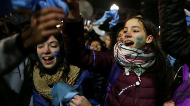 el-senado-argentino-rechazo-la-legalizacion-del-aborto