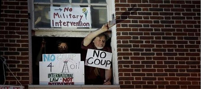ee-uu-ordena-a-activistas-abandonar-la-embajada-de-venezuela